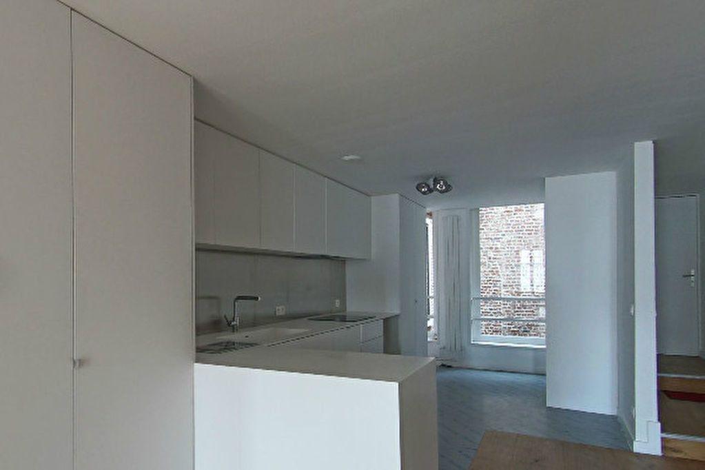 Appartement à louer 4 123m2 à Arras vignette-2