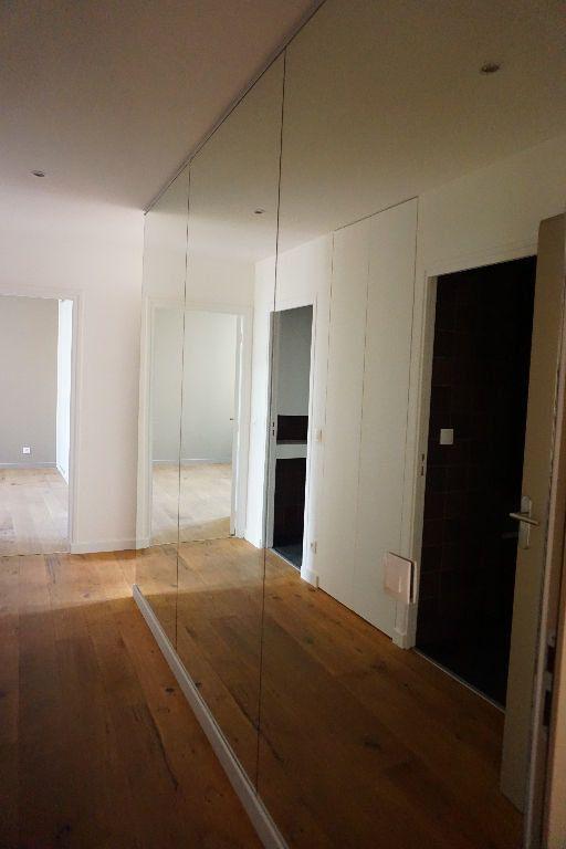 Appartement à louer 4 123m2 à Arras vignette-4