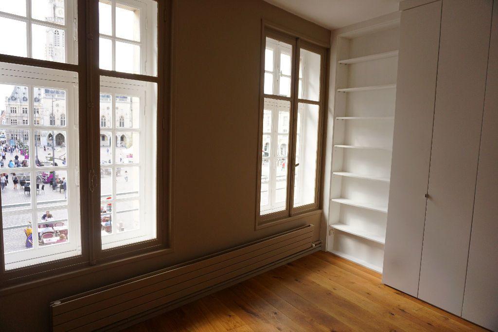 Appartement à louer 4 123m2 à Arras vignette-8