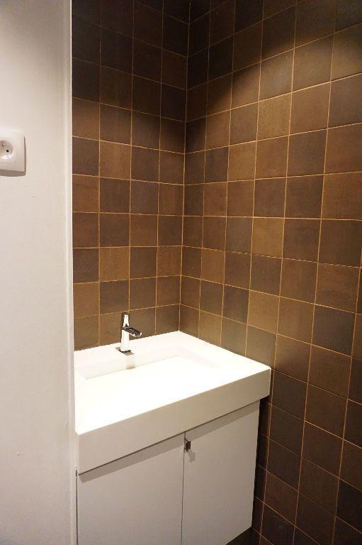 Appartement à louer 4 123m2 à Arras vignette-11