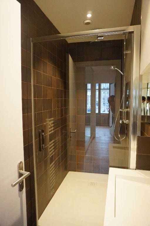 Appartement à louer 4 123m2 à Arras vignette-12
