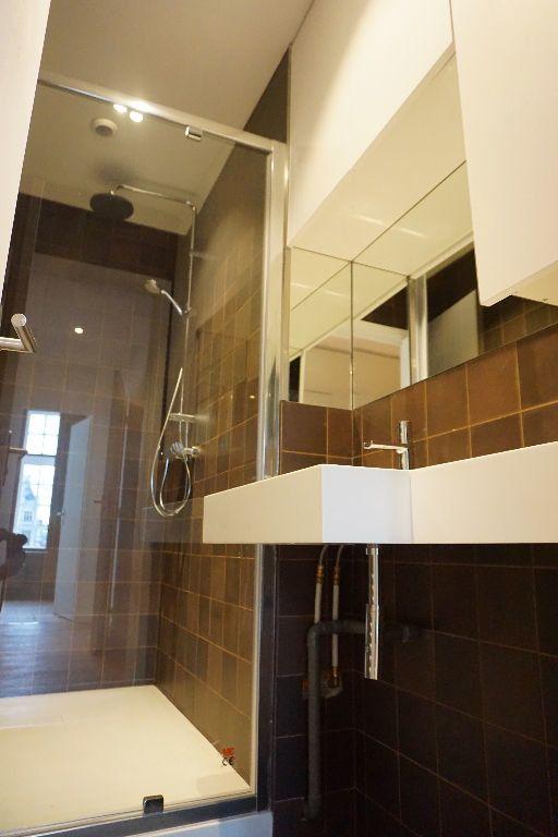 Appartement à louer 4 123m2 à Arras vignette-13