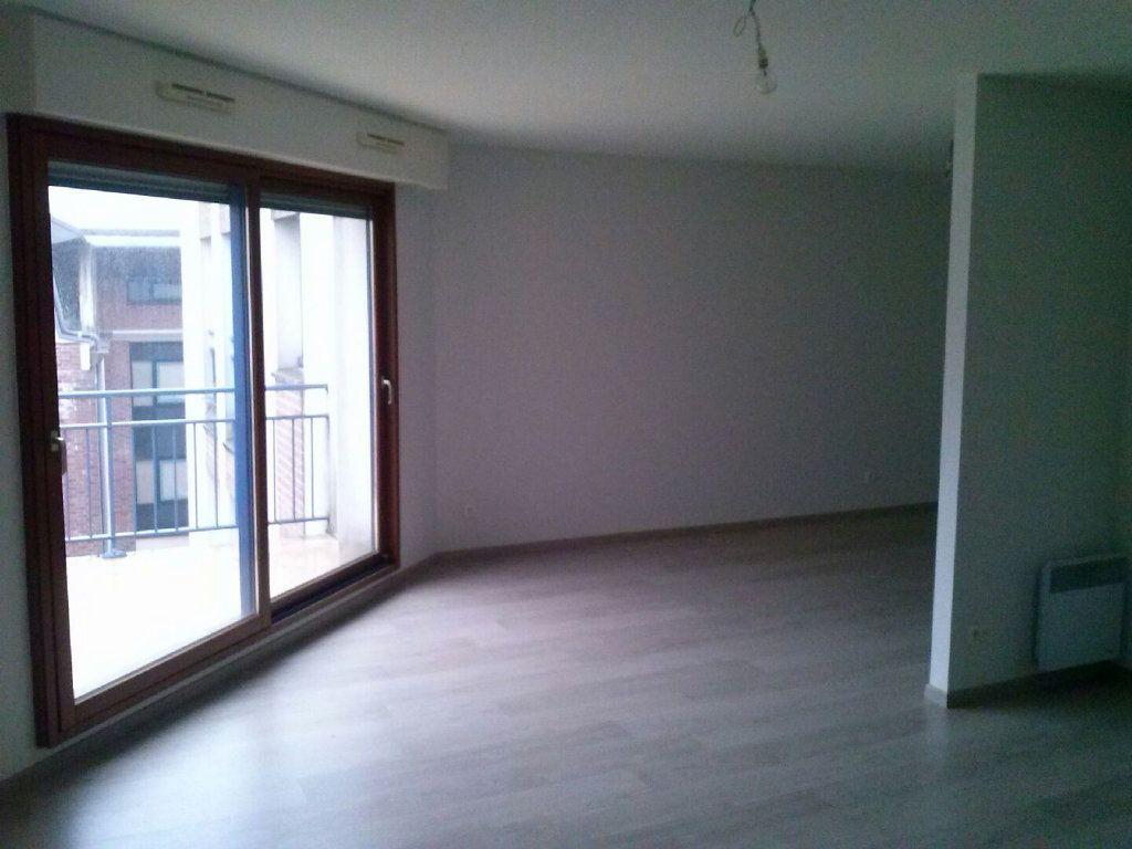 Appartement à louer 1 41.68m2 à Arras vignette-2