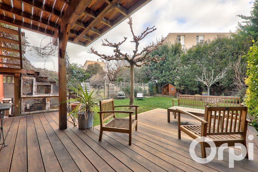 Maison à vendre 5 166m2 à Villeurbanne vignette-4