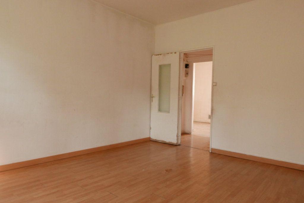 Appartement à vendre 3 54.89m2 à Villeurbanne vignette-5
