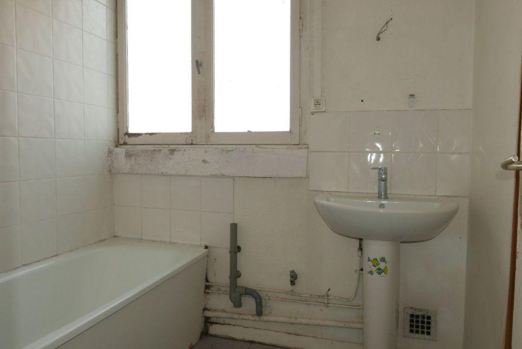 Appartement à vendre 3 54.89m2 à Villeurbanne vignette-9