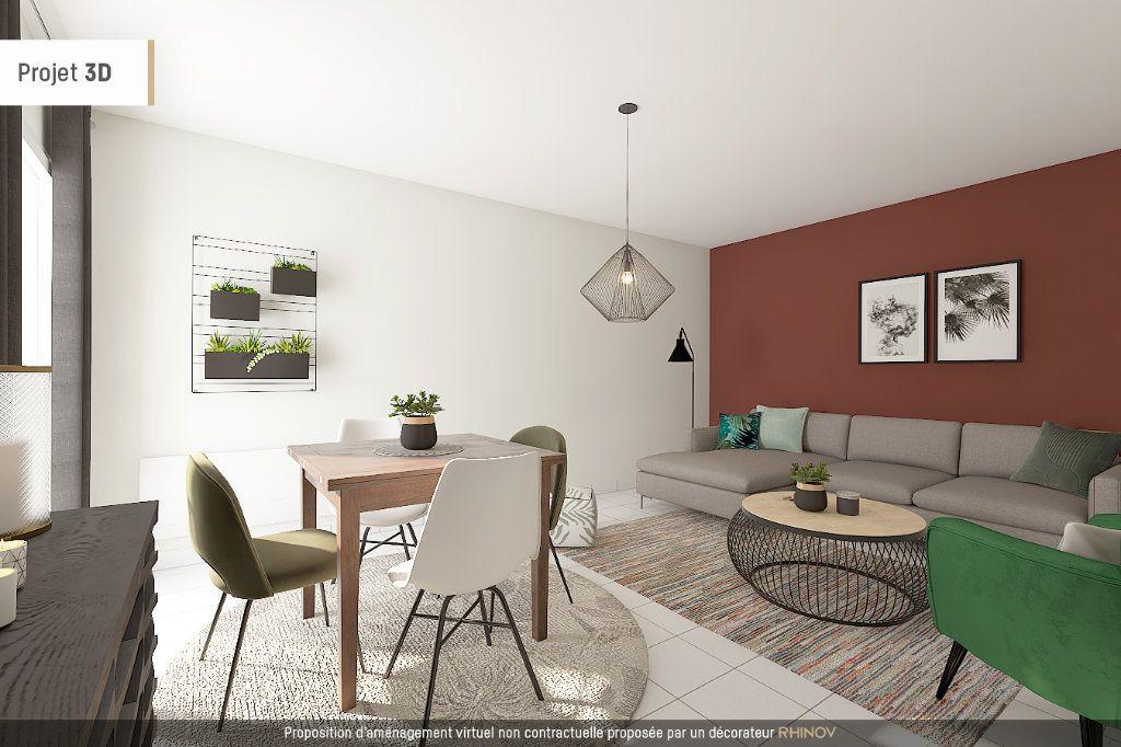 Appartement à vendre 4 91m2 à Villeurbanne vignette-4