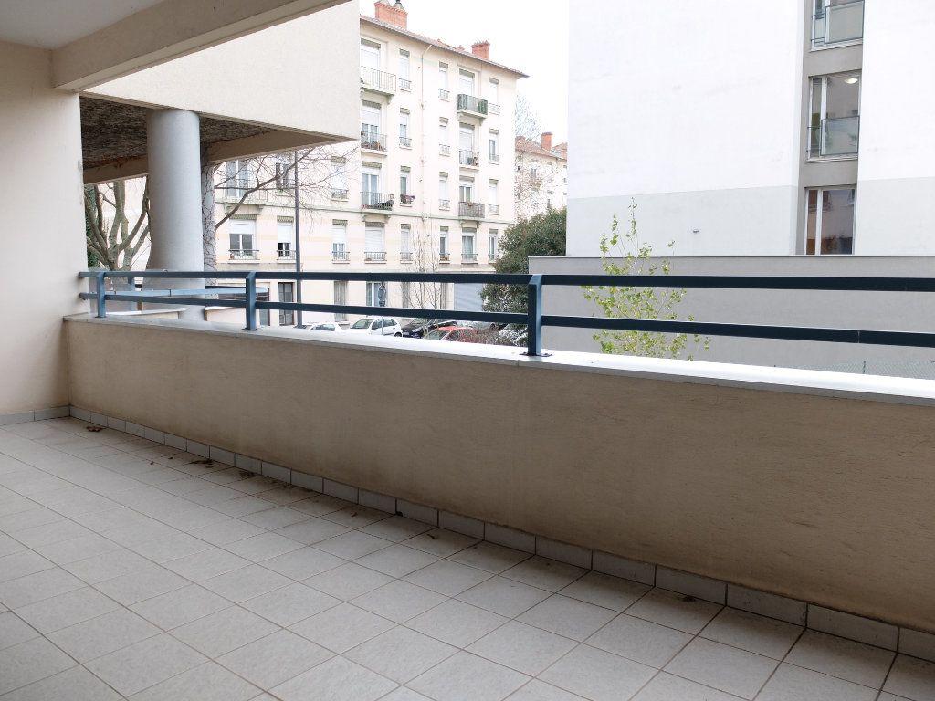 Appartement à vendre 3 75.22m2 à Villeurbanne vignette-12