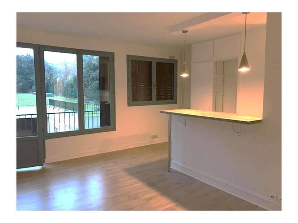 Appartement à louer 1 32.78m2 à Garches vignette-1