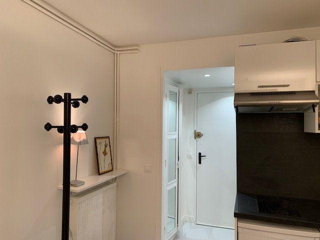 Appartement à louer 1 13.77m2 à Garches vignette-2