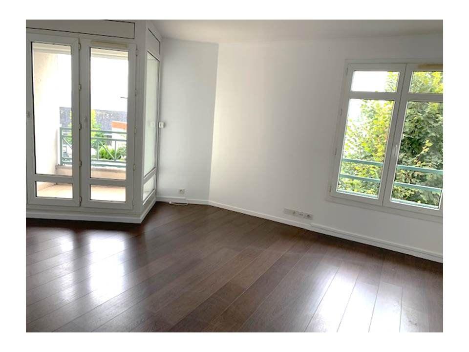 Appartement à louer 2 48.27m2 à Garches vignette-1