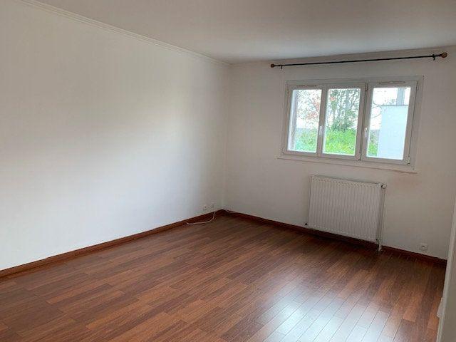 Appartement à louer 2 48.36m2 à Garches vignette-4