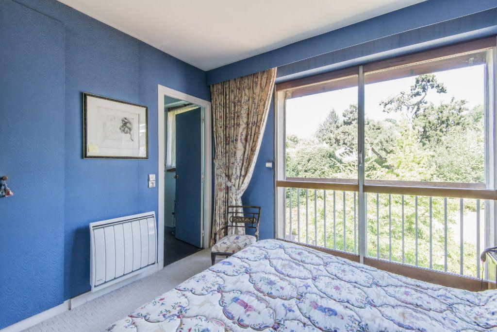 Appartement à vendre 4 93m2 à Garches vignette-12