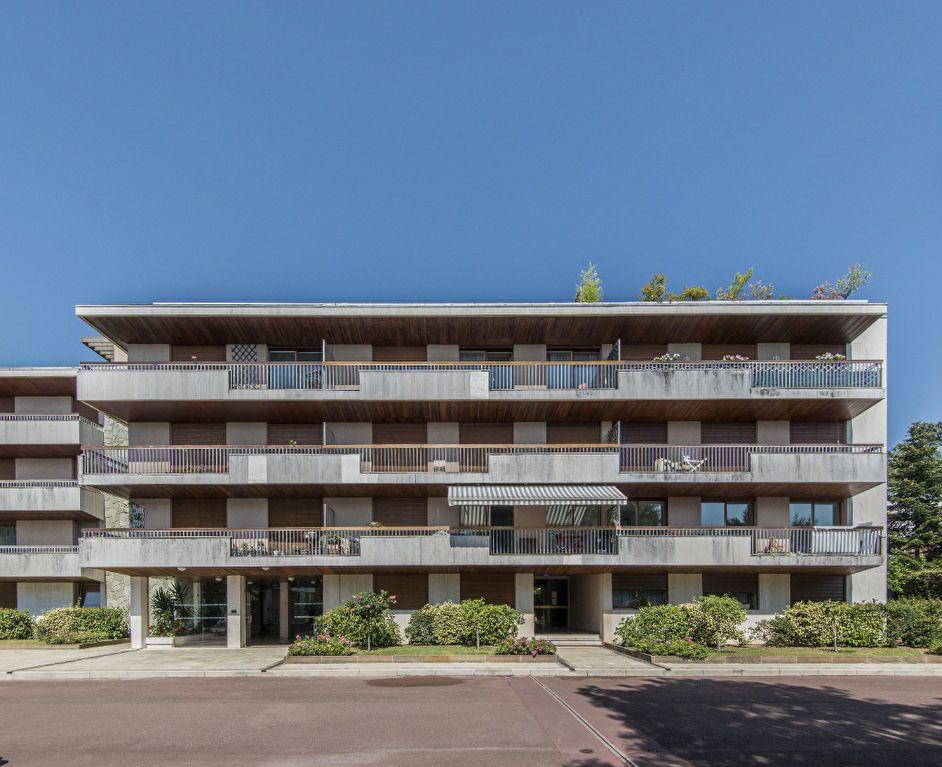 Appartement à vendre 4 93m2 à Garches vignette-16