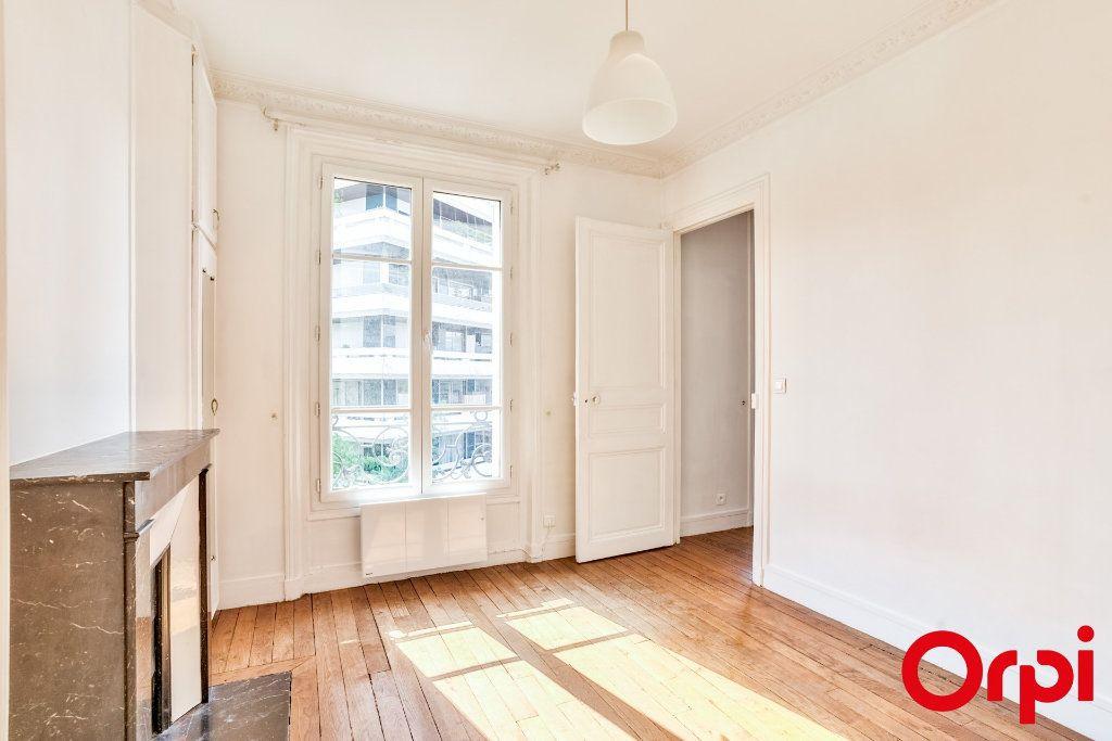 Appartement à vendre 2 32m2 à Paris 15 vignette-9