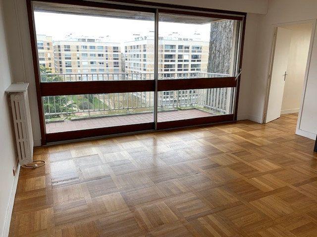 Appartement à louer 3 77.29m2 à Garches vignette-3