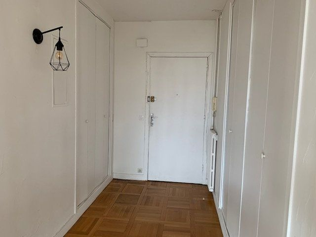 Appartement à louer 3 77.29m2 à Garches vignette-4
