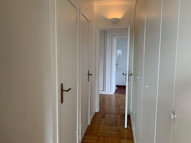 Appartement à louer 3 77.29m2 à Garches vignette-5