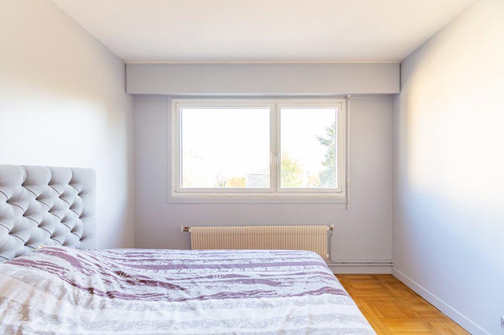 Appartement à vendre 3 78m2 à Garches vignette-5