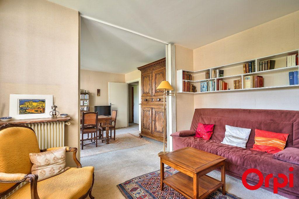 Appartement à vendre 3 64.42m2 à Paris 15 vignette-8