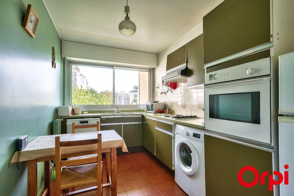 Appartement à vendre 3 64.42m2 à Paris 15 vignette-11