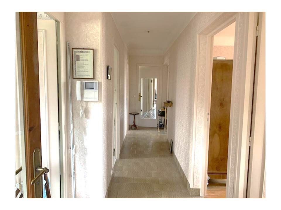 Appartement à vendre 4 95m2 à Garches vignette-2