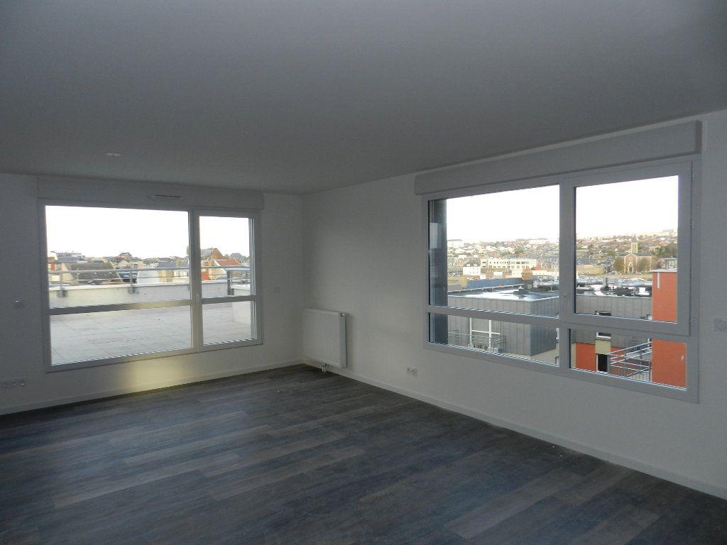 Appartement à vendre 5 109.79m2 à Dieppe vignette-12
