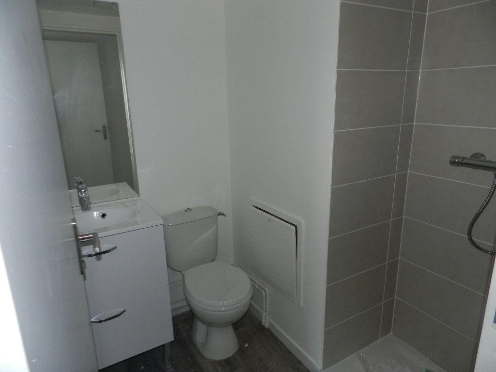 Appartement à vendre 5 109.79m2 à Dieppe vignette-13