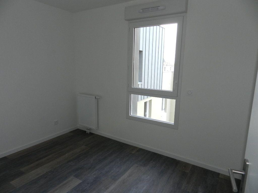 Appartement à vendre 5 109.79m2 à Dieppe vignette-14