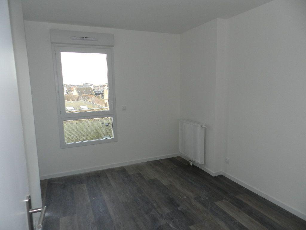 Appartement à vendre 5 109.79m2 à Dieppe vignette-17