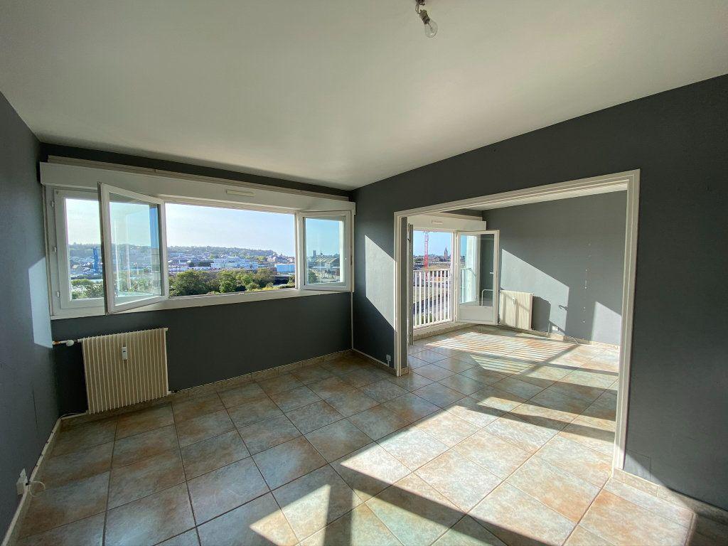 Appartement à vendre 4 73.56m2 à Dieppe vignette-2
