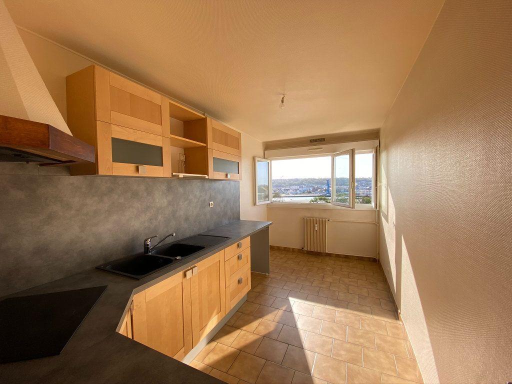 Appartement à vendre 4 73.56m2 à Dieppe vignette-4