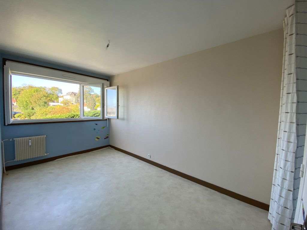 Appartement à vendre 4 73.56m2 à Dieppe vignette-6