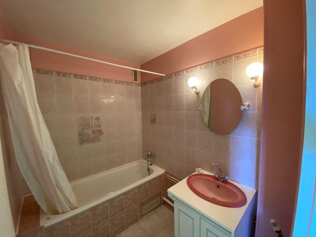 Appartement à vendre 4 73.56m2 à Dieppe vignette-8