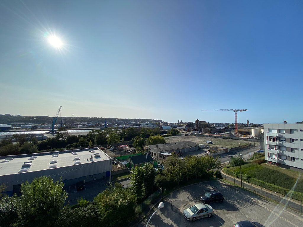 Appartement à vendre 4 73.56m2 à Dieppe vignette-11