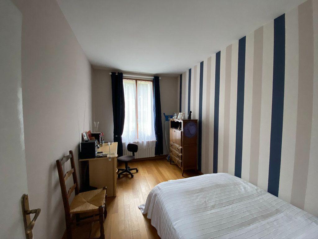 Maison à vendre 7 187m2 à Saint-Quentin-au-Bosc vignette-12