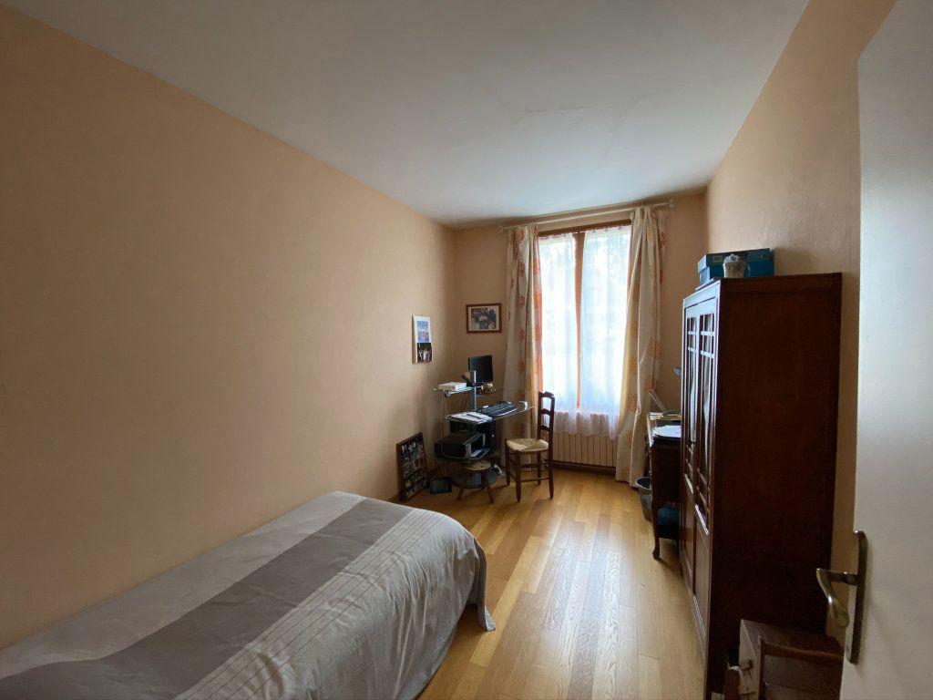Maison à vendre 7 187m2 à Saint-Quentin-au-Bosc vignette-13