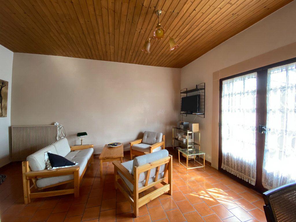 Maison à vendre 3 80m2 à Saint-Nicolas-d'Aliermont vignette-5
