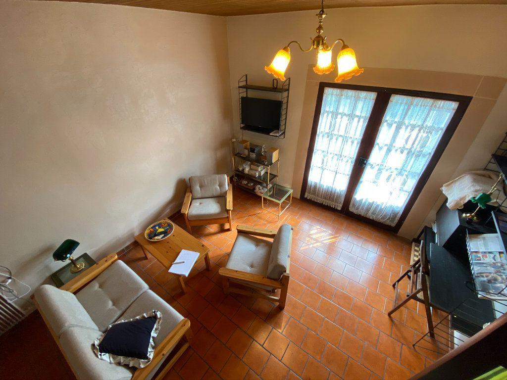 Maison à vendre 3 80m2 à Saint-Nicolas-d'Aliermont vignette-7
