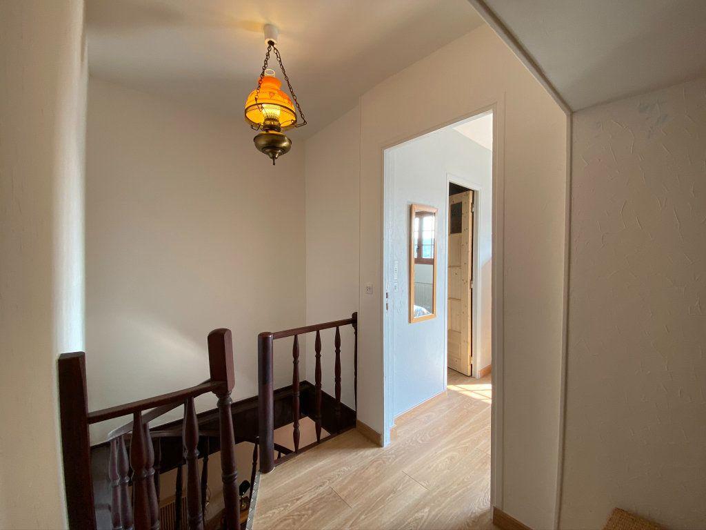Maison à vendre 3 80m2 à Saint-Nicolas-d'Aliermont vignette-9