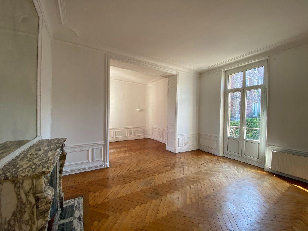 Appartement à vendre 4 115.7m2 à Dieppe vignette-4