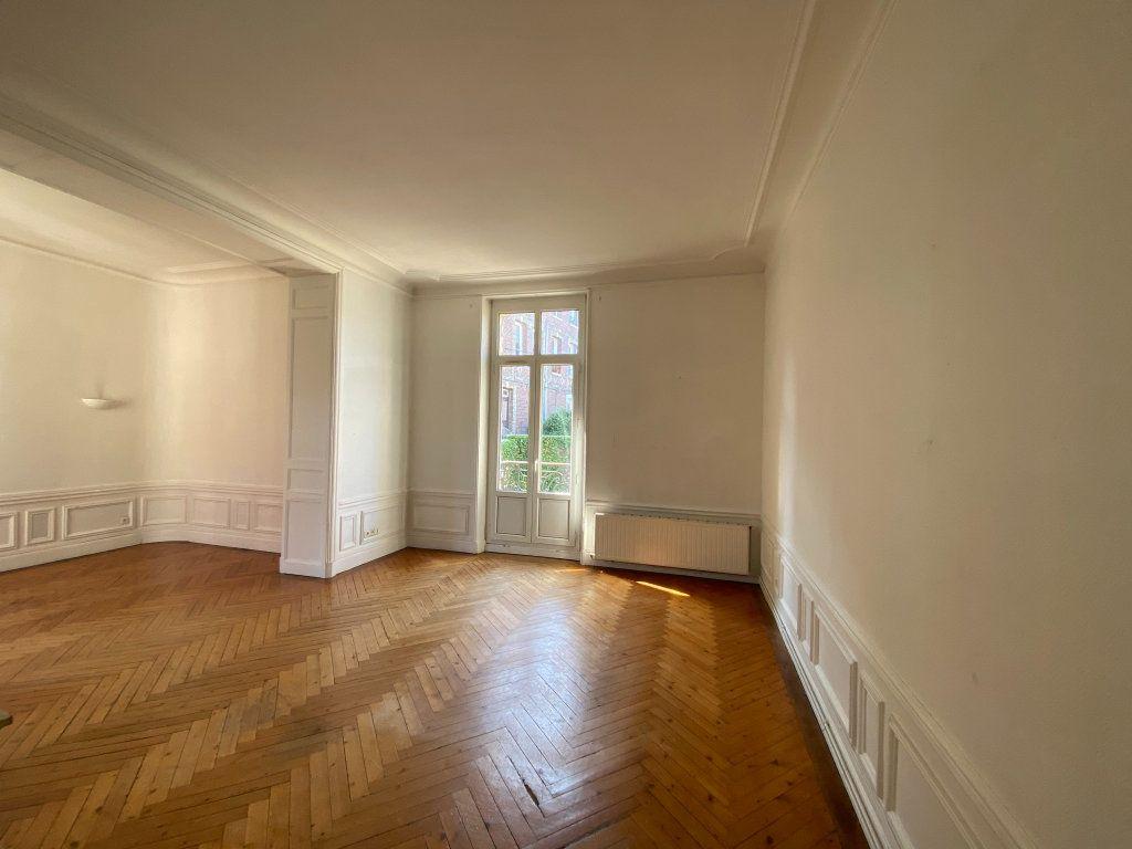 Appartement à vendre 4 115.7m2 à Dieppe vignette-5