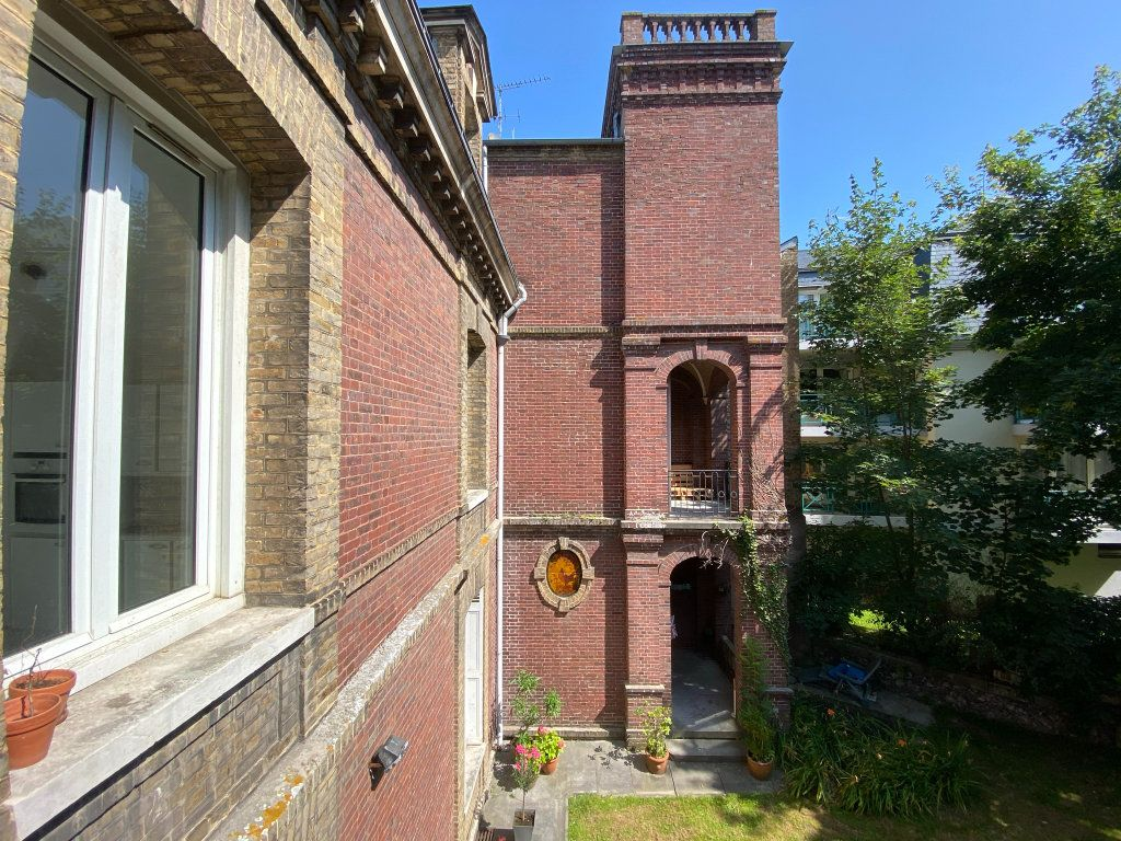 Appartement à vendre 4 115.7m2 à Dieppe vignette-7