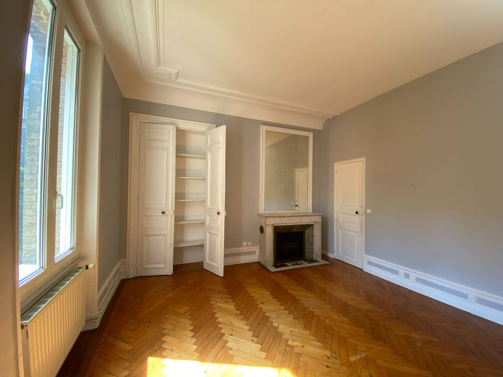 Appartement à vendre 4 115.7m2 à Dieppe vignette-10