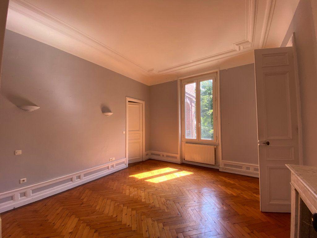 Appartement à vendre 4 115.7m2 à Dieppe vignette-11