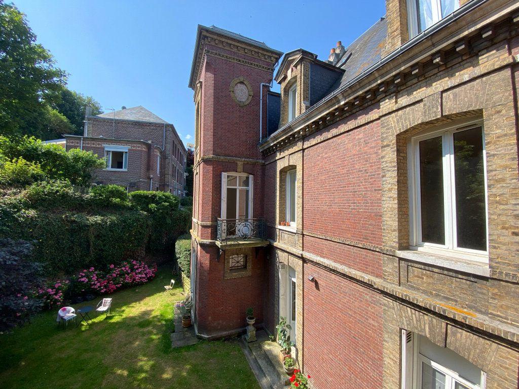 Appartement à vendre 4 115.7m2 à Dieppe vignette-14