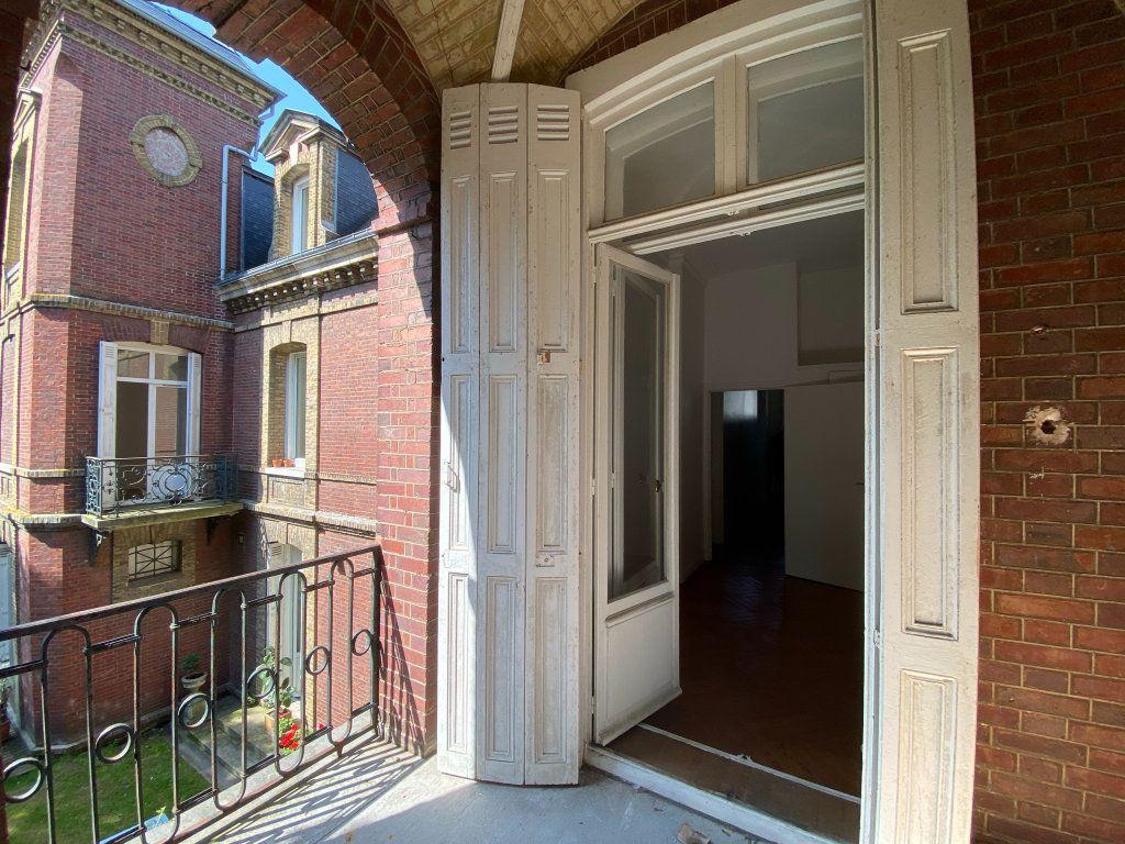 Appartement à vendre 4 115.7m2 à Dieppe vignette-15