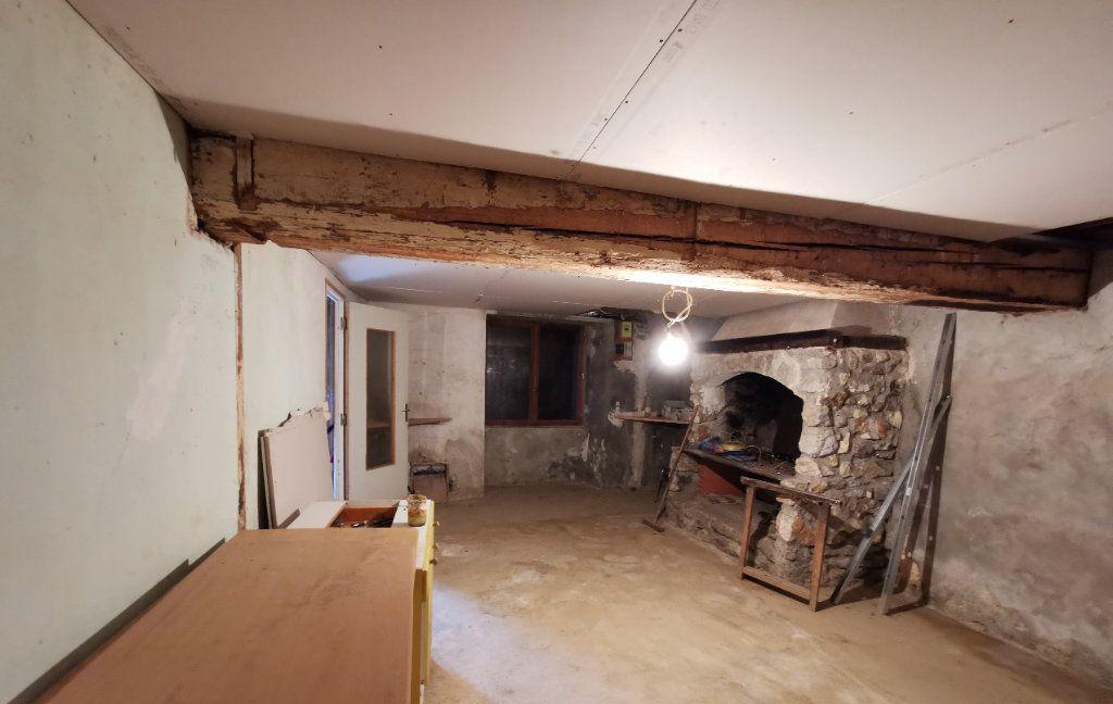 Maison à vendre 2 235m2 à Roquefeuil vignette-4