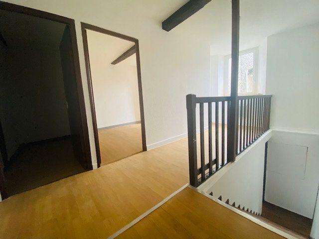 Maison à louer 5 120m2 à Aigues-Vives vignette-4