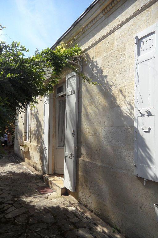 Maison à vendre 4 130m2 à Pessac vignette-1